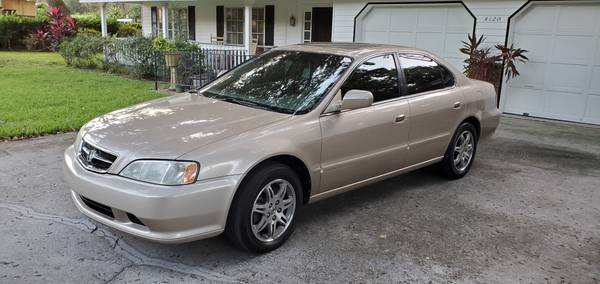 Photo 2000 Acura TL quotShowroomquot - $5,000 (Oyster Bay)