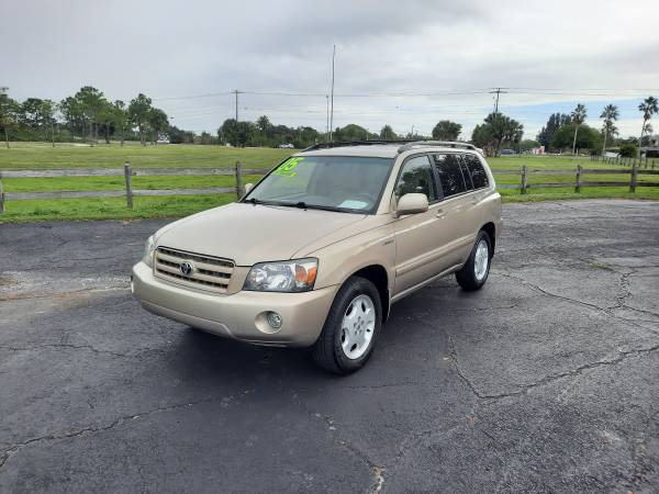 Photo 2005 TOYOTA HIGHLANDER MINT CONDITION 3RD ROW BUY HERE PAY HERE - $7,900 (SARASOTA)