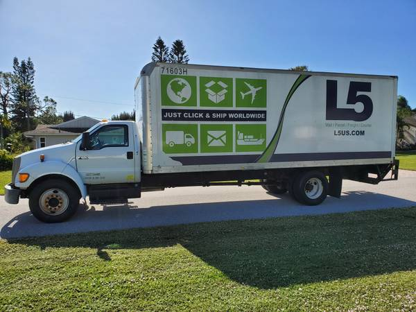 Photo 2007 Ford F650 super duty 24FT box truck Diesel with power liftgate - $11900 (Sarasota)