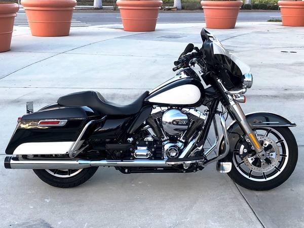 Photo 2015 Harley Davidson Electra Glide GREAT VALUE - $9,499 (Sarasota)