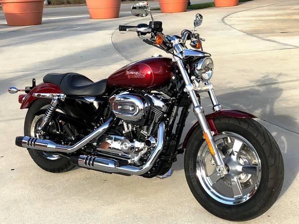 Photo 2016 Harley Davidson Sportster 1200 Custom FINANCING AVAILABLE - $5,499 (Sarasota)