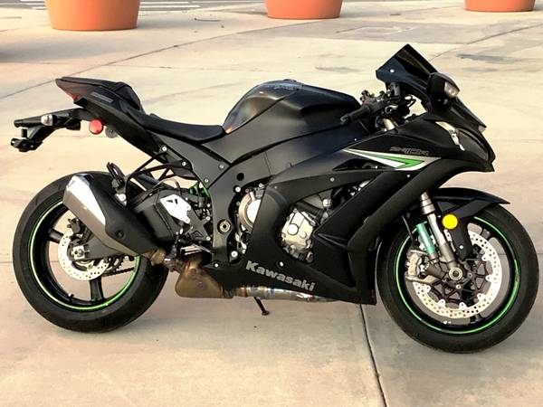 Photo 2016 Kawasaki Ninja ZX10R Superbike Financing Available - $9,499 (Sarasota)