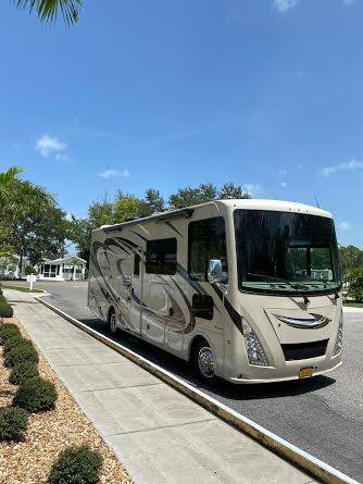 Photo 2018 Thor Windsport-27b - $72,999 (Fairway at Tara, Bradenton)