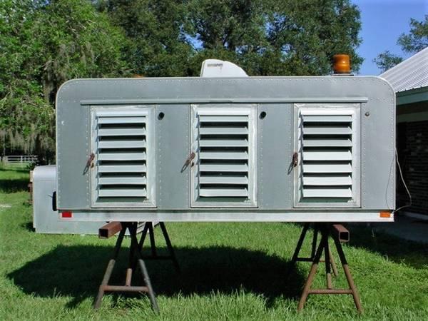 Photo Aluminum Animal Control Dog Box Truck Body 9L x 81W x 46H, louvers - $1,250 (Duette, FL)