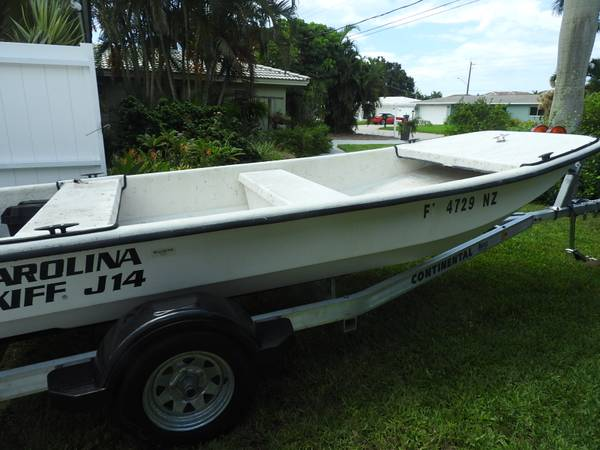 Photo Carolina Skiff J-14 wMercury 20 HP Four-Stroke OB - $3800 (BradentonCortez)
