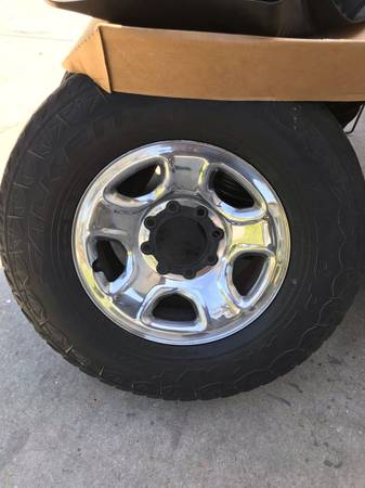 Photo Dodge Ram 17 inch 8 lug rims and tires - $400 (Palmetto)