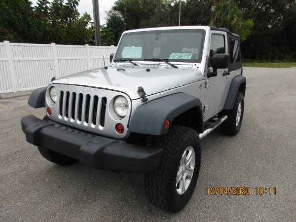 Photo GREAT DEAL2009 JEEP WRANGLER 4X4 - ONLY 114K MILES - $14,900 (A TO Z AUTOS - YOUR 1 BUY HERE PAY HERE)
