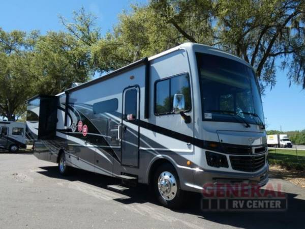 Photo Motor Home Class A 2021 Fleetwood RV Bounder 36F - $158,999