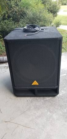 Photo Professional Stage Subwoofer 1600 Watt-NEW Behringer EUROLIVE VP1800s - $175 (Venice)
