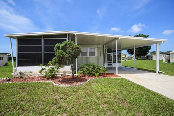 Photo SW Florida Vacation Home - Move Right In (Englewood)