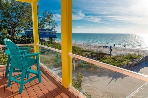 Photo THIS LUXURY VACATION HOME HAS PLENTY FOR THE WHOLE FAMILY TO ENJOY (BRADENTON BEACH, FL)