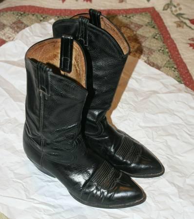 Photo TONY LAMA Vintage 198039s Black Leather Western Cowboy Boots 9.5 - $30 (Sarasota)