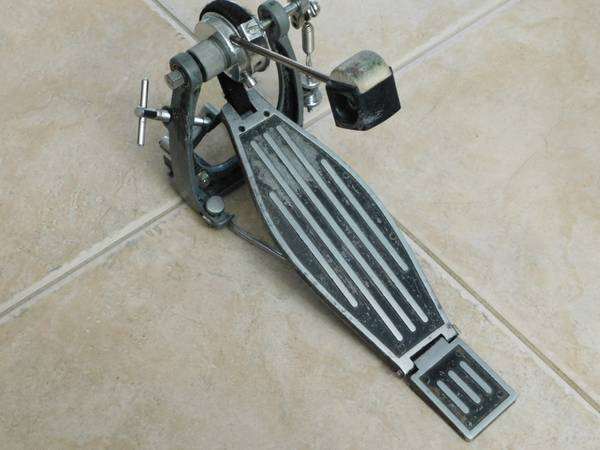 Photo Vintage Sonor Z5 370 Bass Drum Pedal For Parts or Repair - $30 (East Bradenton)