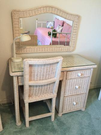 Photo White Wicker Desk or Vanity set - $100