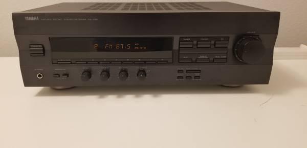 Photo Yamaha RX-396 Natural Sound Vintage Stereo Receiver - $50 (Lakewood Ranch  Bradenton)