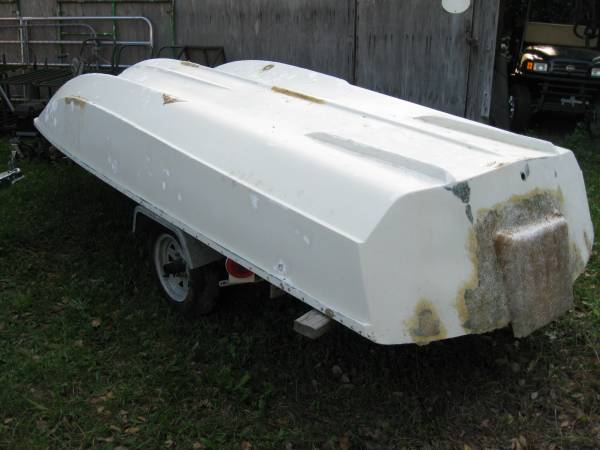 Photo 13ft BOSTON WHALER Super Sport Restoration Project - $2,000 (Brunswick)