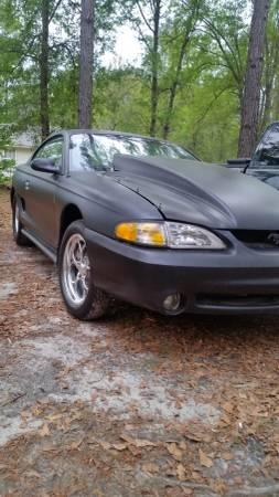 Photo 95 Ford Mustang - $5500 (Springfield Ga)