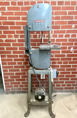 Photo Bandsaw- vintage Delta Rockwell 10 - $110 (Savannah midtown)