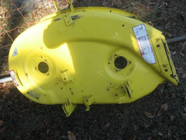 Photo john deere mower deck pan - $50 (blomingdale,ga)
