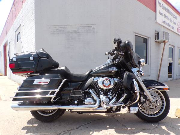 Photo 2010 Harley Davidson Ultra Classic - $12,500 (Mikes Bikes Gering Ne)