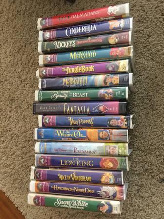 Photo 27 Rare Disney VHS videos including black Diamond - $75 (Highlands Ranch)