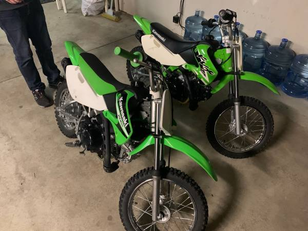 Photo (2) Kawasaki KLX-110 pit bike dirt bike for sale - $1,950 (Parker)