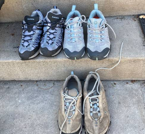 Photo Hiking shoes womens 7, Keen Merrell,like new - $40 (Central Denver)