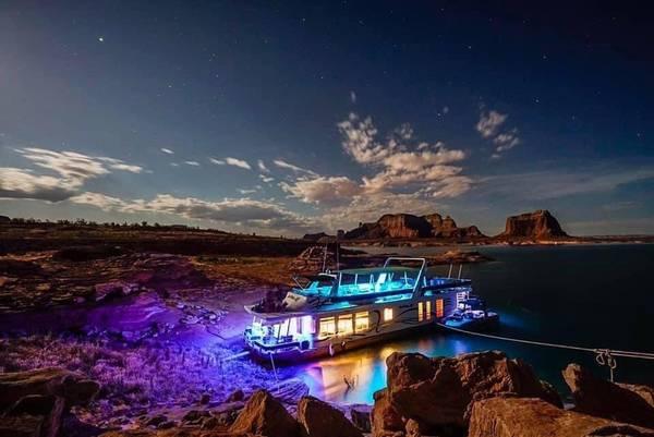 Photo Lake Powell Houseboat Share - $14,000 (Page, AZ)