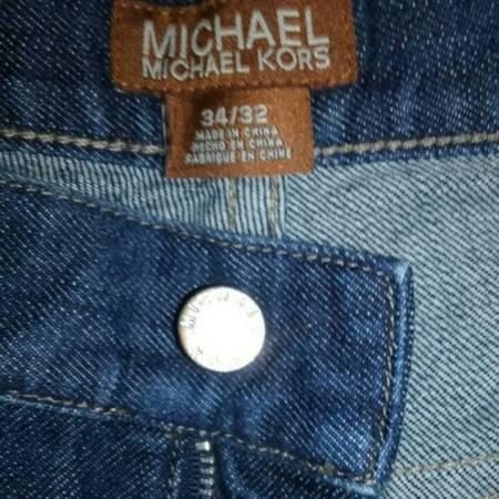 Photo MICHAEL KORS 34x32 Men39s Midnight Blue Premium Denim Like New Casual - $25 (Fort Collins)