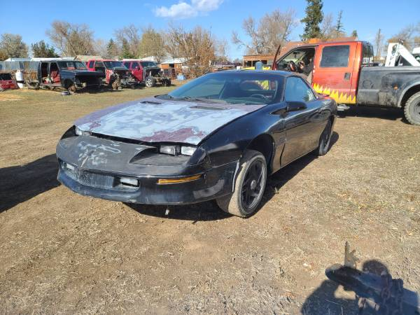 Photo Parting out only 1995 Chevy Camaro Z28 - $1 (Berthoud)
