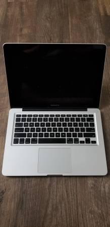 Photo Used Apple Macbook Pro Lot - $80 (Longmont)