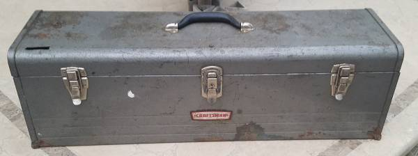 Photo Vintage Craftsman 6517 30quot Carpenter39s Tool Box with Tray - Crown Top - $40 (Northeast Metro Denver)