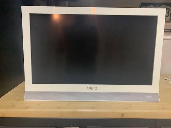 Photo Vizio LED LCD TV (26quot, white) - $50 (Denver)