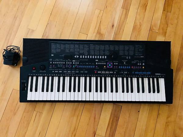 Photo YAMAHA PSR- 510 KEYBOARD - $145 (LONGMONT)