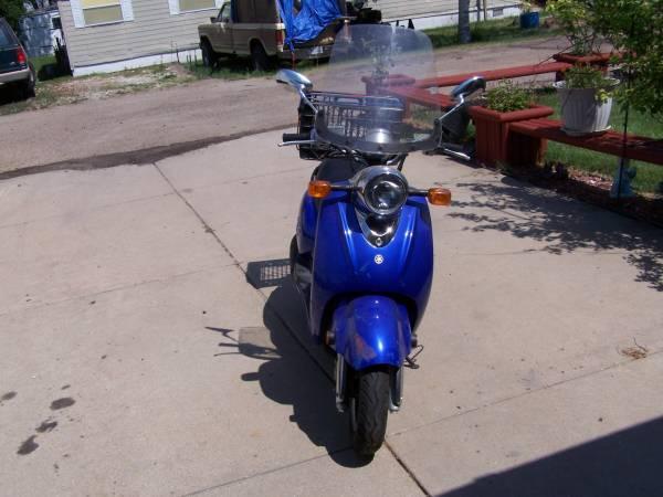 Photo Yamaha Vino 125 scooter - $2,000 (North Platte)