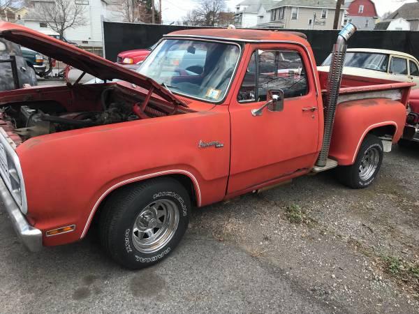 Photo 1979 Dodge Lil Red Express Needs restoration - $4500 (Wilkes-Barre)