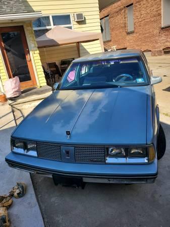 Photo 1986 Oldsmobile Ninety Eight - $1,700 (wilkes barre)