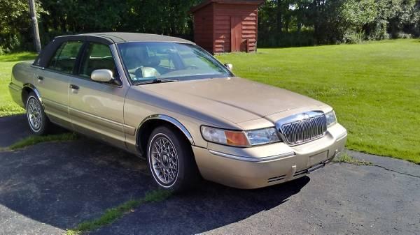 Photo 1999 Mercury Grand Marquis 73.000 orig miles - $3,300 (honesdale)