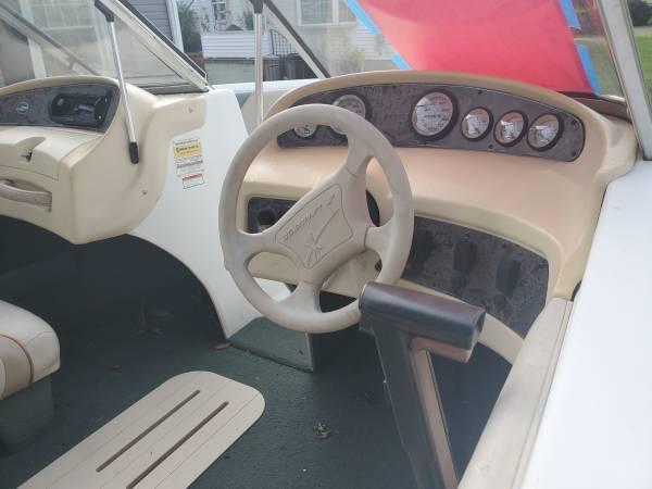 Photo 2000 1739 Starcraft boat - $3,000 (Nazareth)