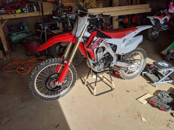 Photo 2016 Honda crf CRF450r dirt bike - $5,300 (Nicholson)