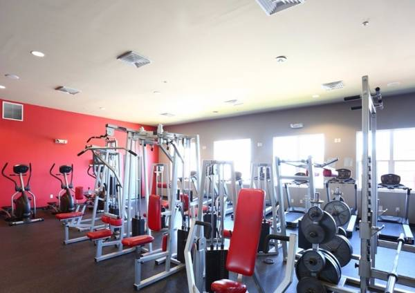 Photo 3 Bed 3 Bath - Fully furnished apartments, 24-hour fitness center (Bloomsburg, PA)
