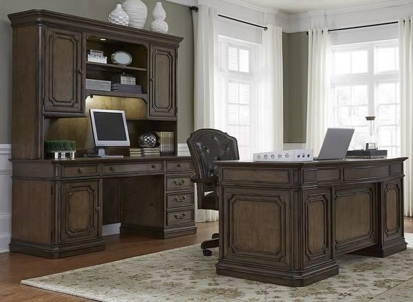 Photo 3 Piece Desk Set Demands Attention-Like NEW2925(Estate Style)Mahogany - $3,125 (Scranton,Pennsylvania)