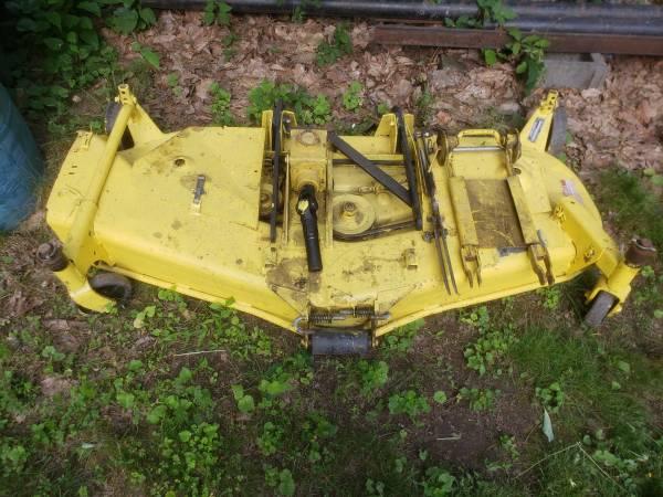 Photo John Deere 650 or 750 Belly Mower - $1,000 (Tunkhannock)