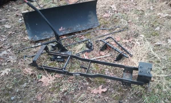Photo Newer Simplicity snow plow attachment - $165 (Hunlock creek)