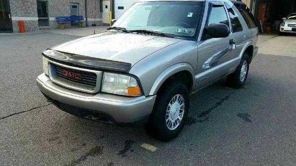 Photo PARTING OUT 2000 GMC JIMMY 2DR 4x4 16063 - $1,234 (Bloomsburg)