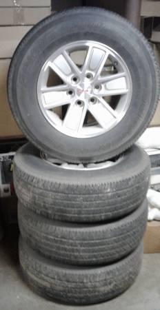 Photo Set of 4 Wheels 17quot GMC  Chevy 6  Lug - $475 (Honesdale PA)