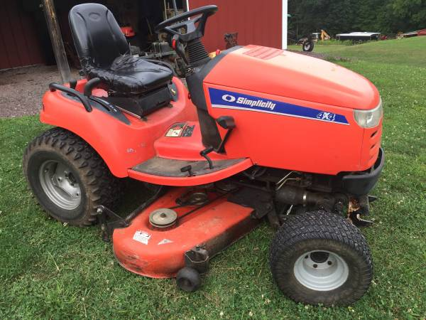 Photo Simplicity legacy xl 4x4 garden tractor 60 deck - $5,000 (Hunlock Creek)