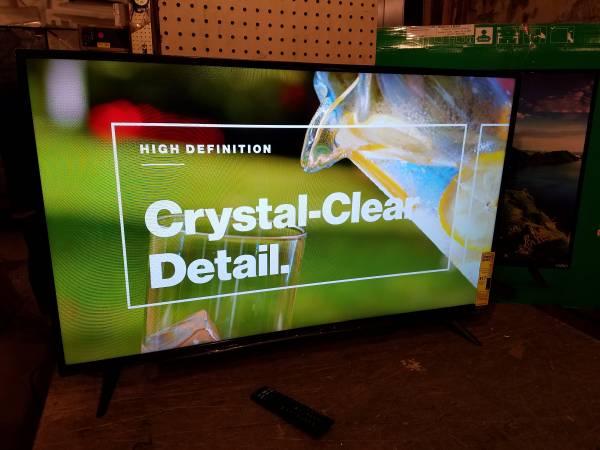 Photo Vizio 43quot LED Smart TV with Chromecast - $180 (Forest City)