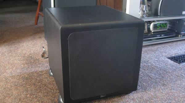 Photo klh powered subwoofer 10 inch - $275 (old forge)