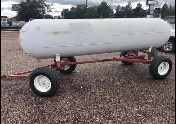 Photo 1000 gallon tank offer - $1,175 (Sioux Falls)